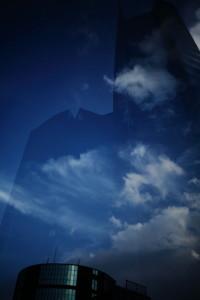 1miyoshi天空のビル